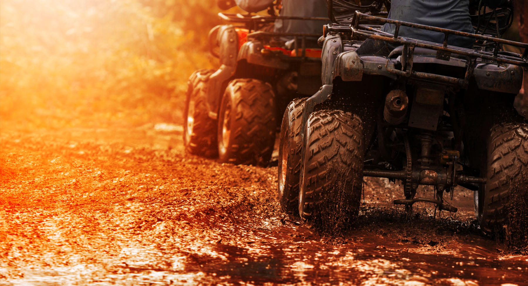 atvs in the mud at windrock atv park