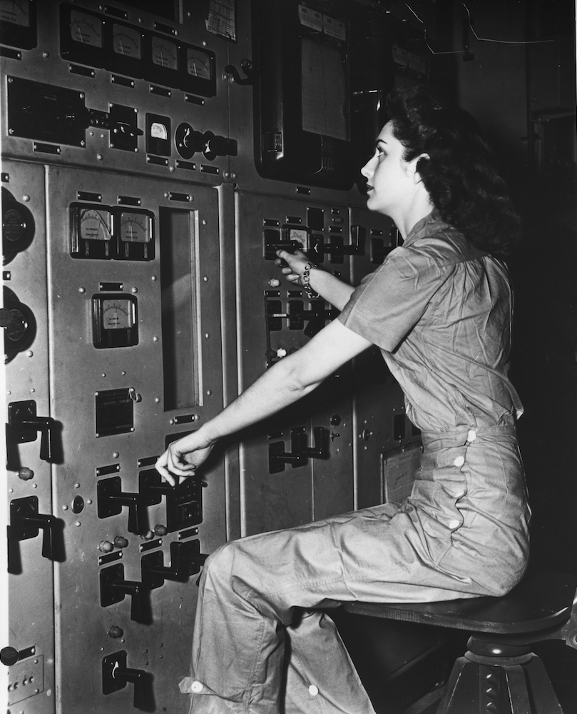 A woman working at the Y-12 Plant during WWII.
